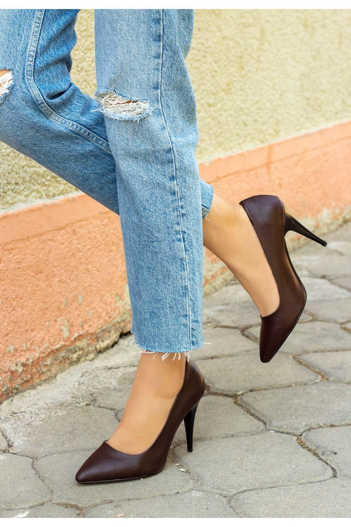 Revaxi Kahverengi Cilt Stiletto Ayakkabı