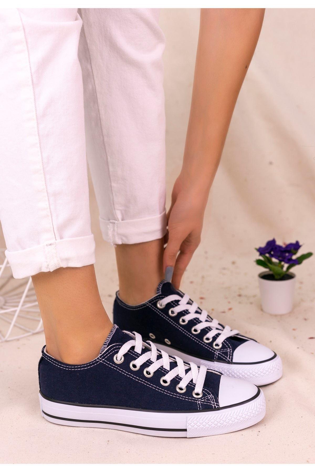 Moxi Lacivert Keten Spor Ayakkabı