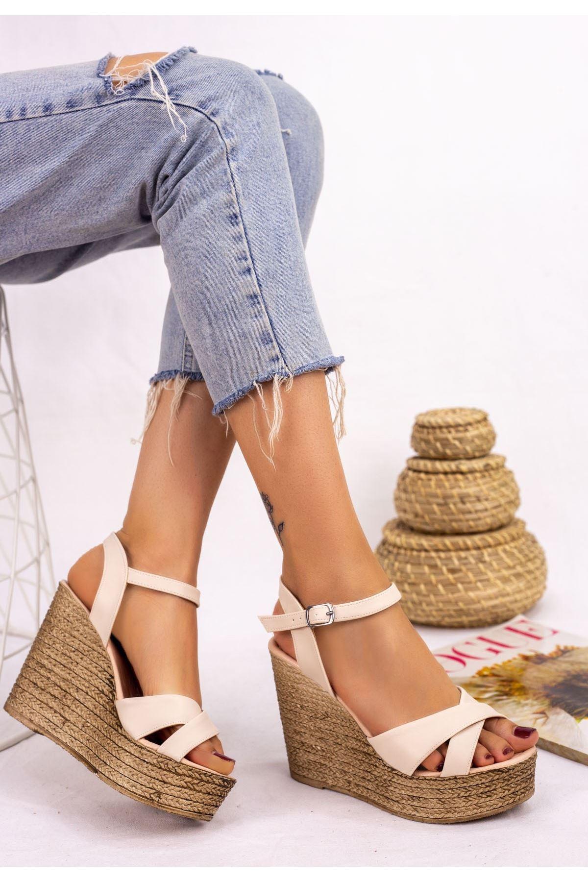 Babin Krem Cilt Dolgu Topuk Sandalet