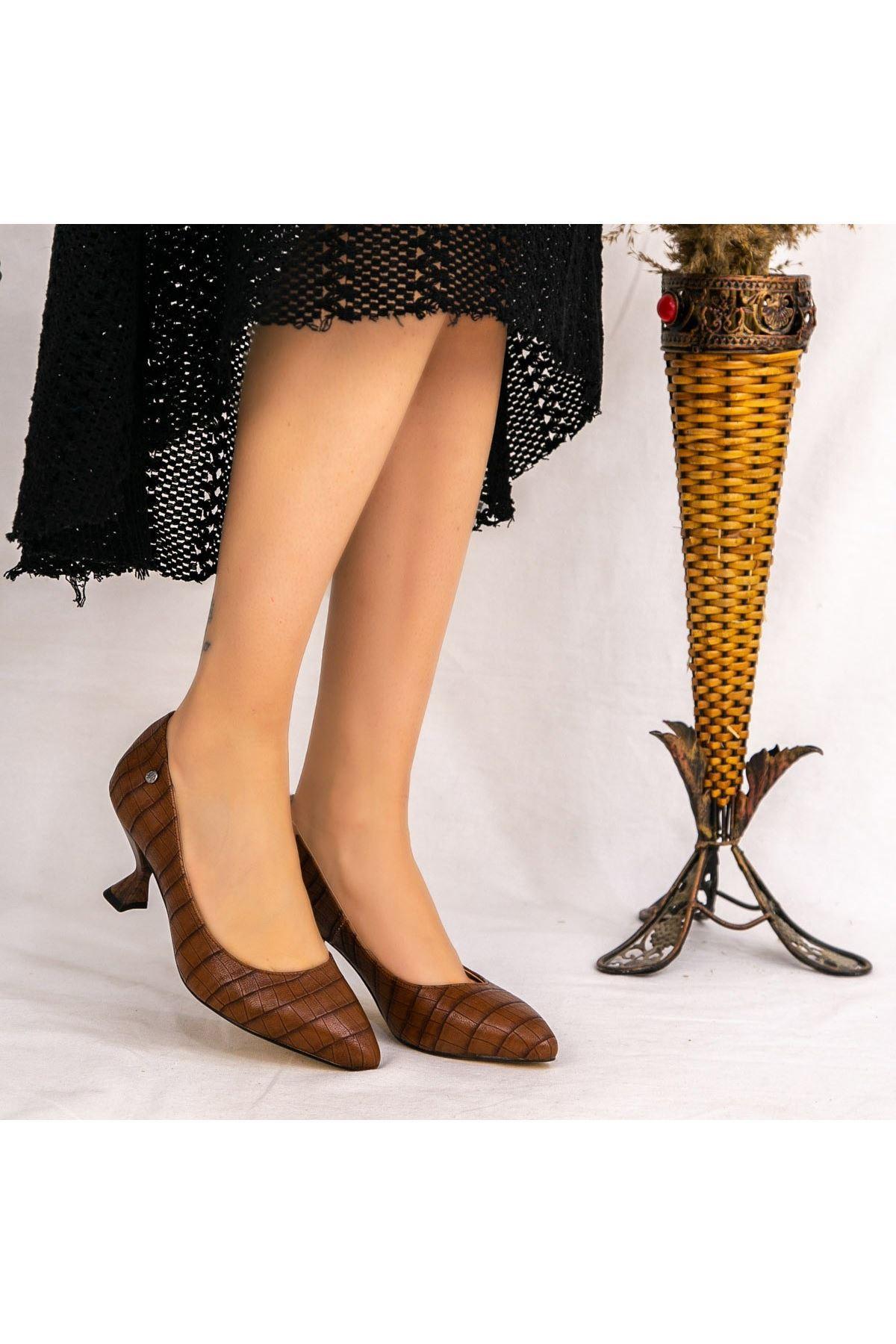 Goly Taba Cilt Desenli Topuklu Ayakkabı