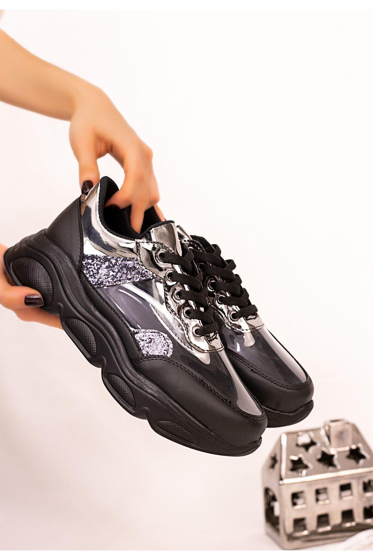 Tonix Siyah Cilt Platin Simli Spor Ayakkabı