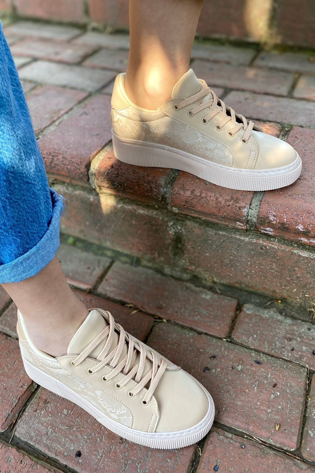 Marca Nude Yılan Detaylı Sneaker