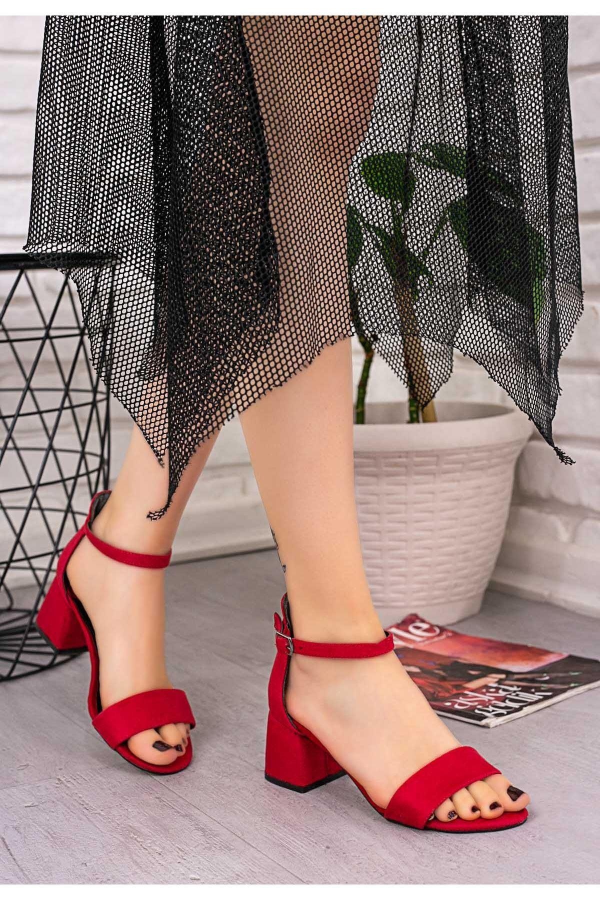 Epon Kırmızı Süet Tek Bant Topuklu Ayakkabı