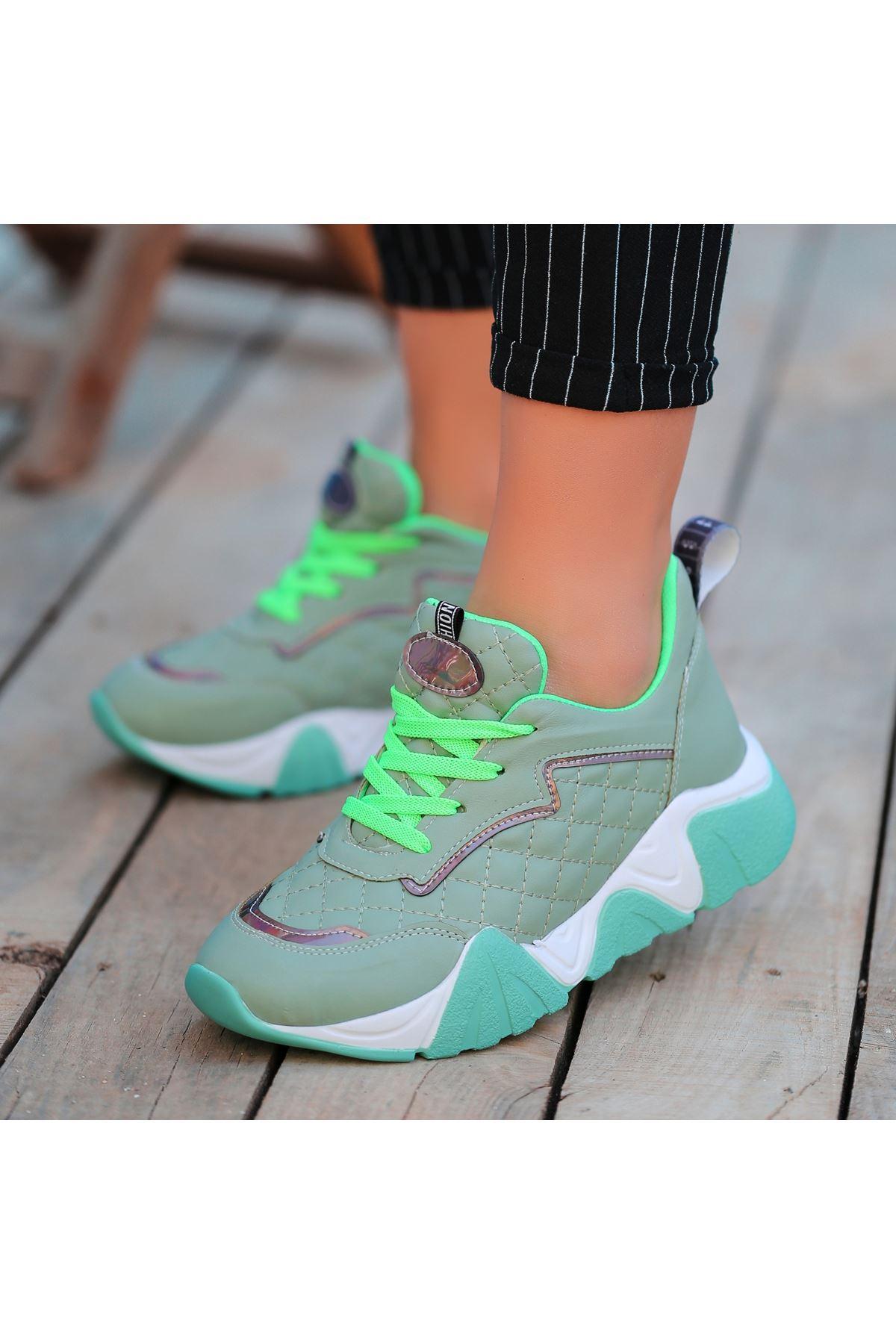 Arzi Yeşil Cilt Bağcıklı Spor Ayakkabı
