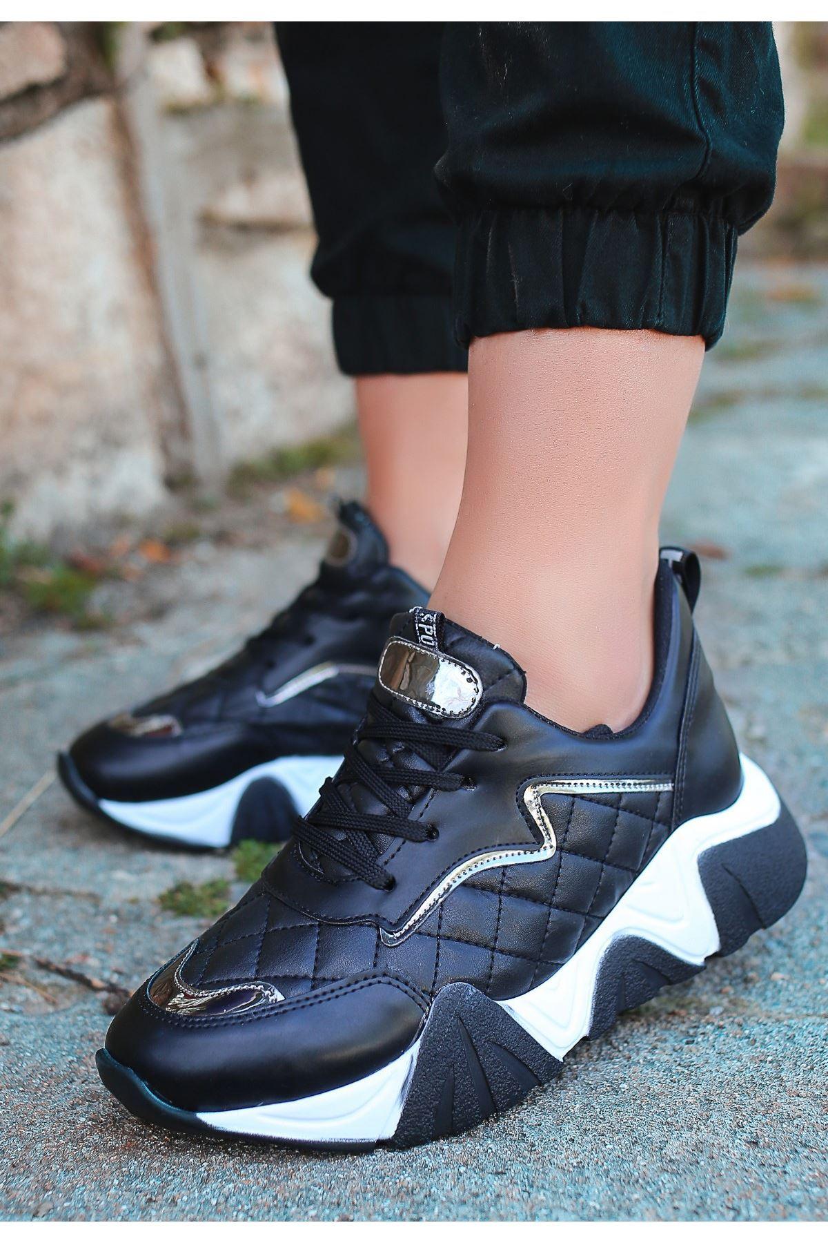 Renz Siyah Cilt Gümüş Detaylı Spor Ayakkabı