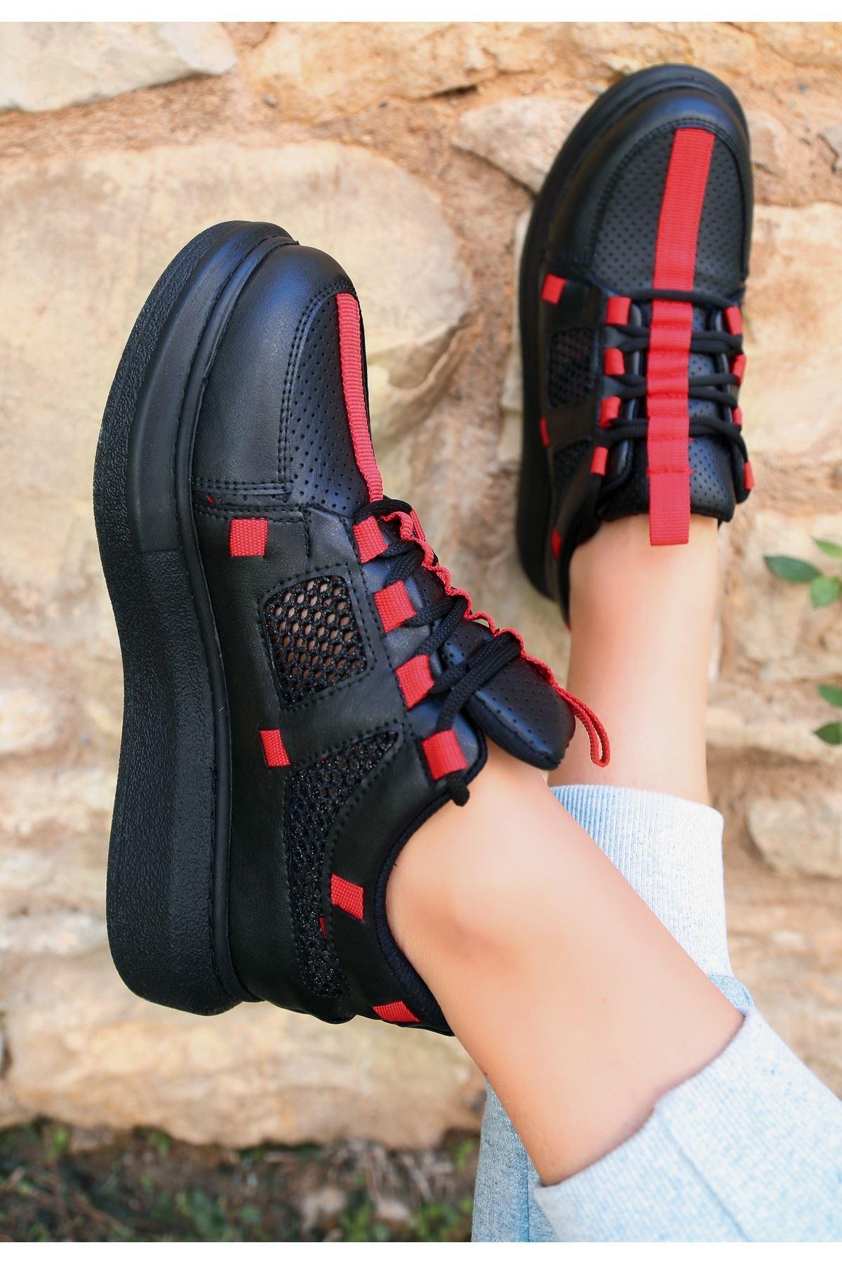 Voni Siyah Cilt Kırmızı Detaylı Spor Ayakkabı