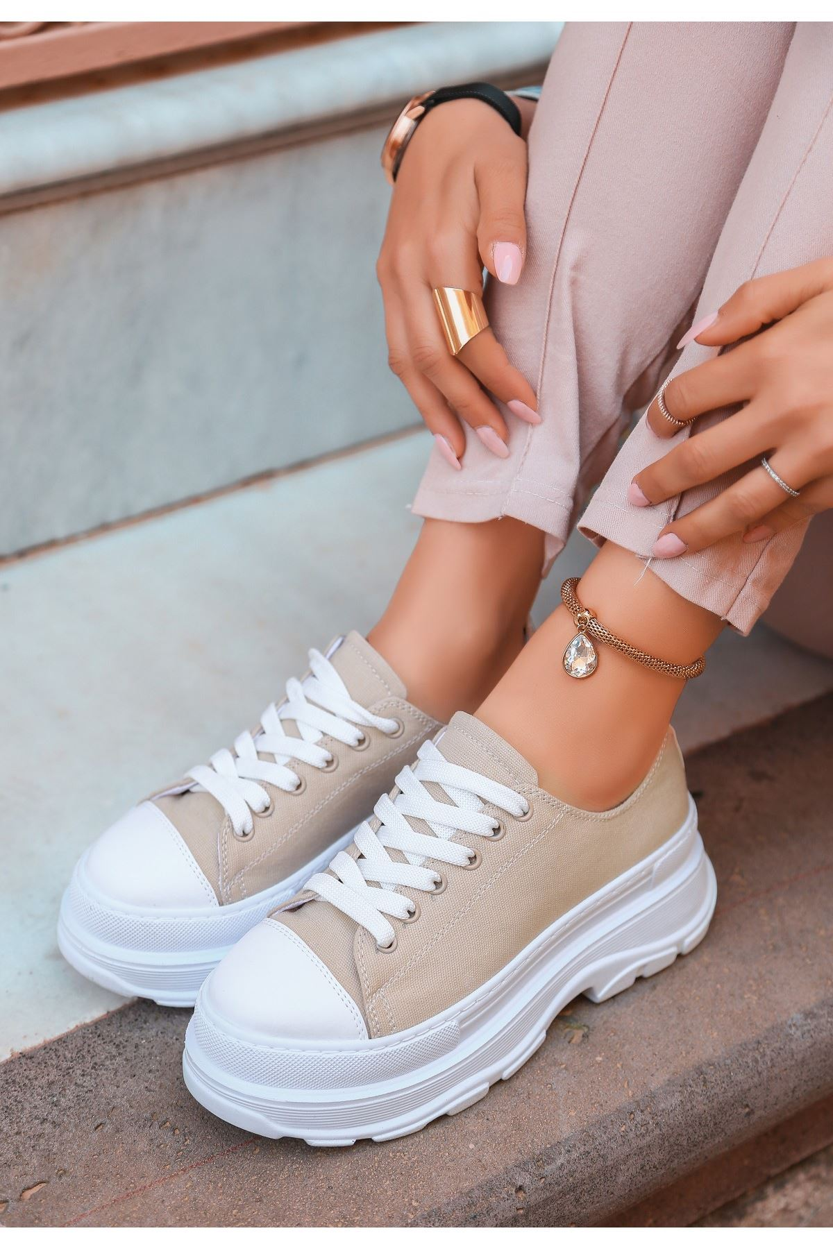 Bery Krem Keten Bağcıklı Spor Ayakkabı