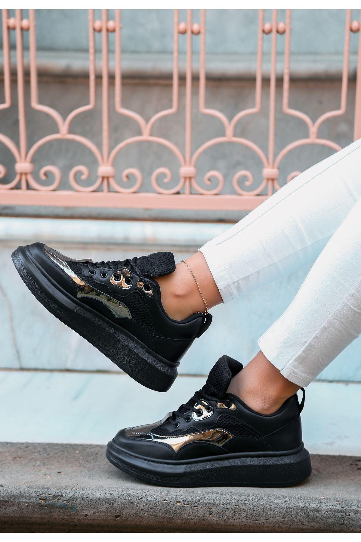 Voni Siyah Cilt Platin Detaylı Spor Ayakkabı
