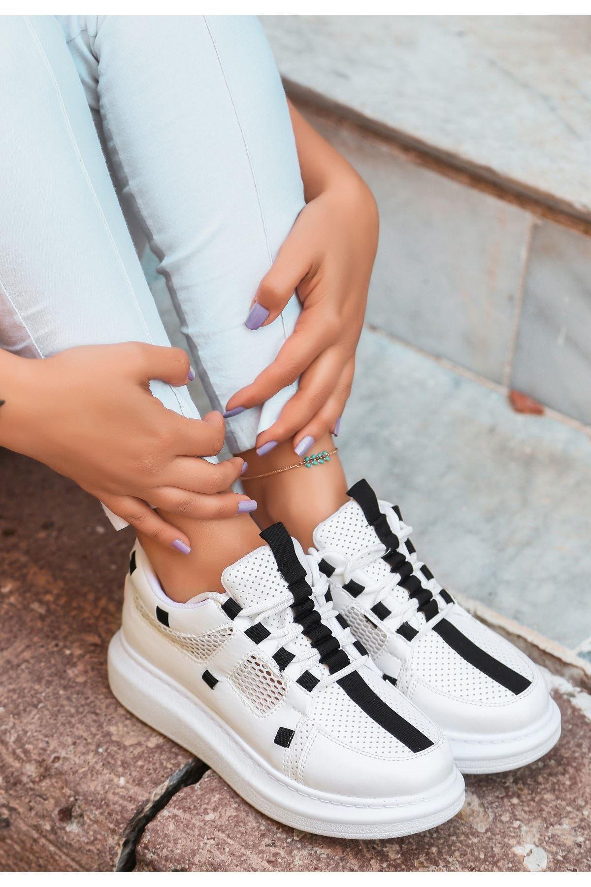 Ponixi Beyaz Cilt Fileli Spor Ayakkabı