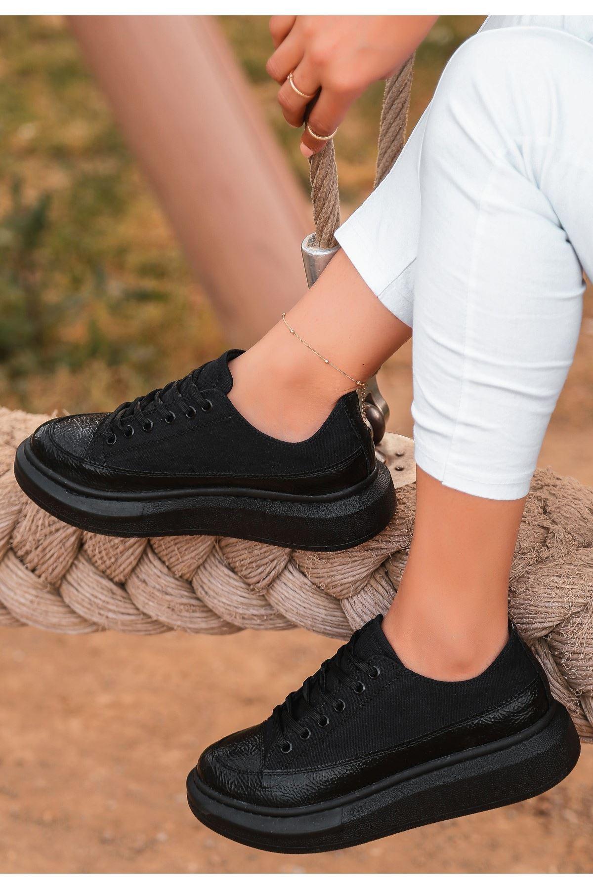 Voni Siyah Rugan Keten Detaylı Spor Ayakkabı