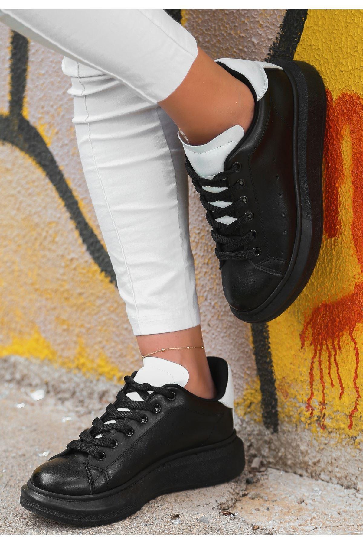 Voni Siyah Cilt Beyaz Detaylı Spor Ayakkabı