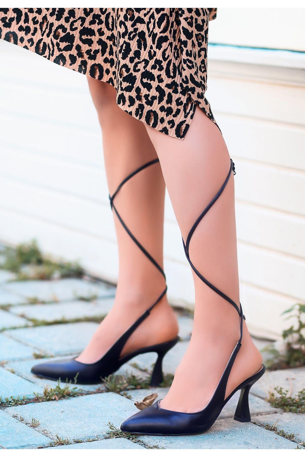 Wonna Siyah Cilt Topuklu Ayakkabı