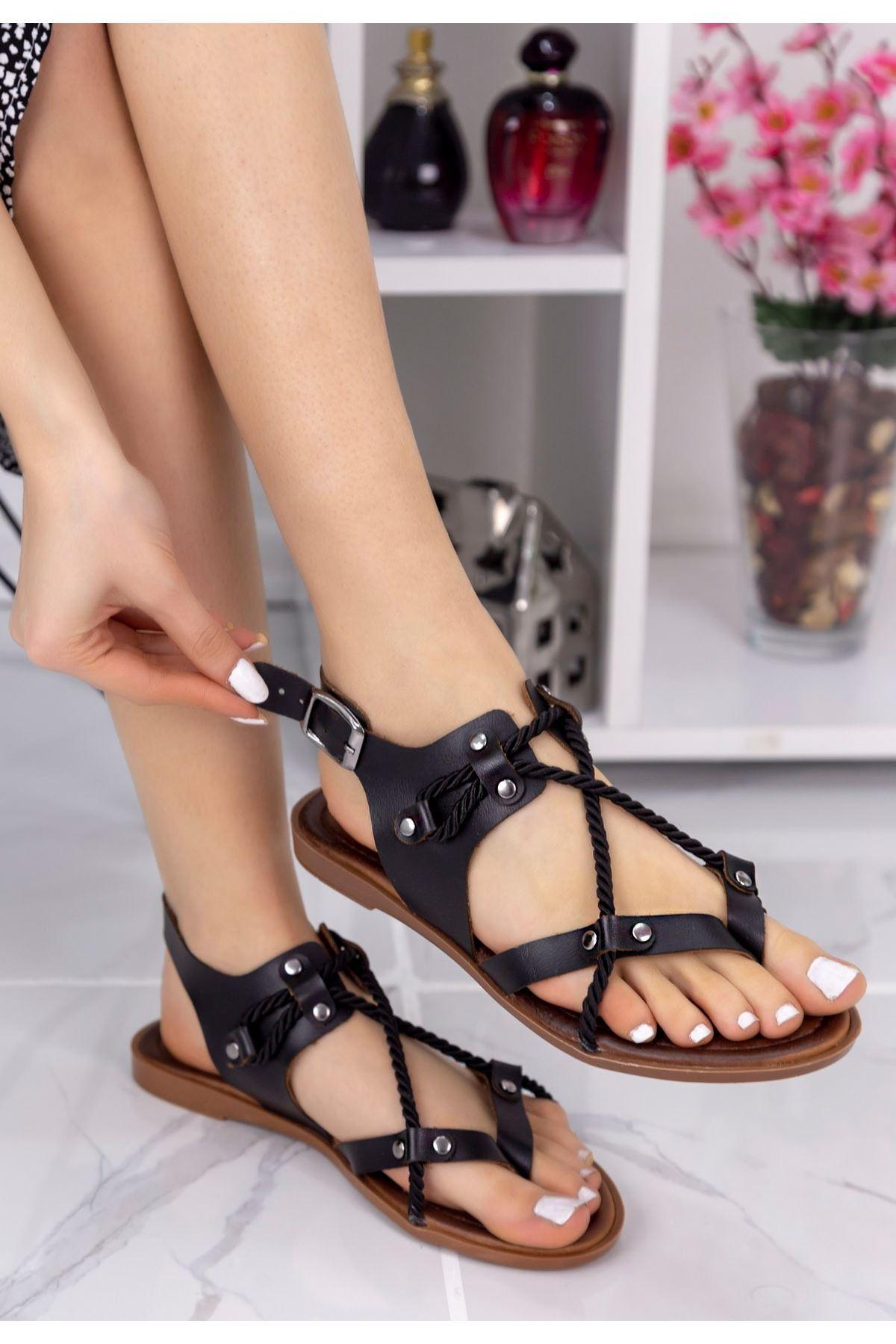 Cass Siyah Halatlı Sandalet