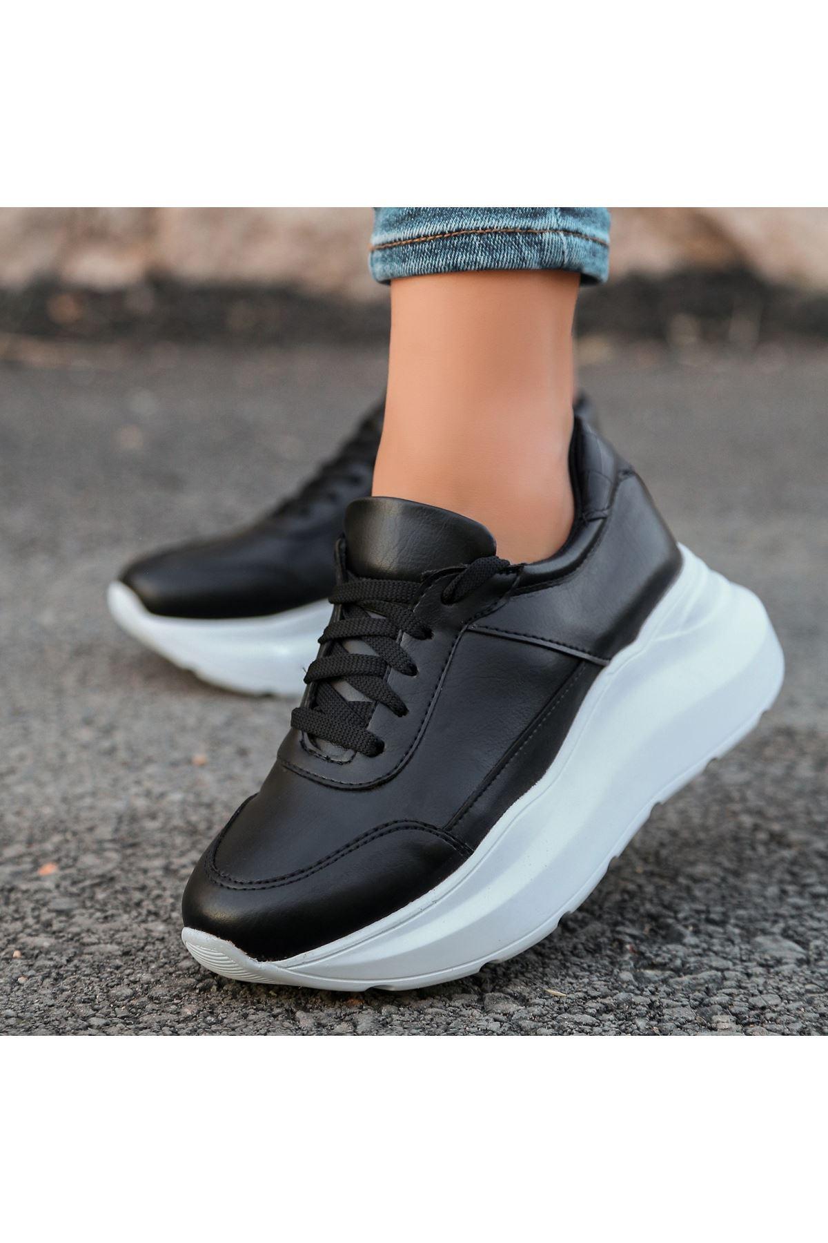 Toin Siyah Cilt Beyaz Tabanlı Spor Ayakkabı