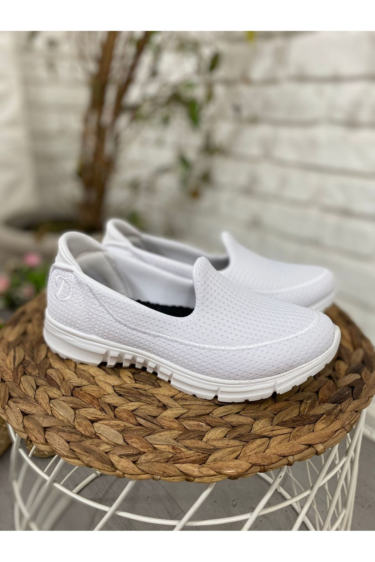 Enox Beyaz Streç  Babet Ayakkabı