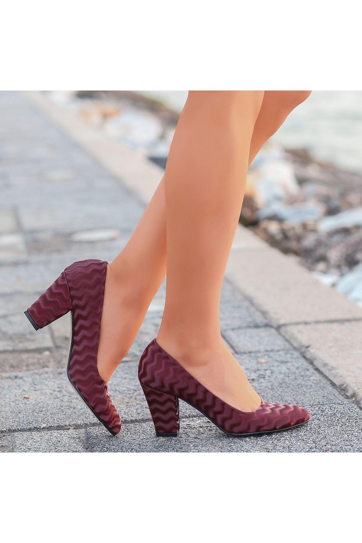 Mior Bordo Süet Desenli Topuklu Ayakkabı