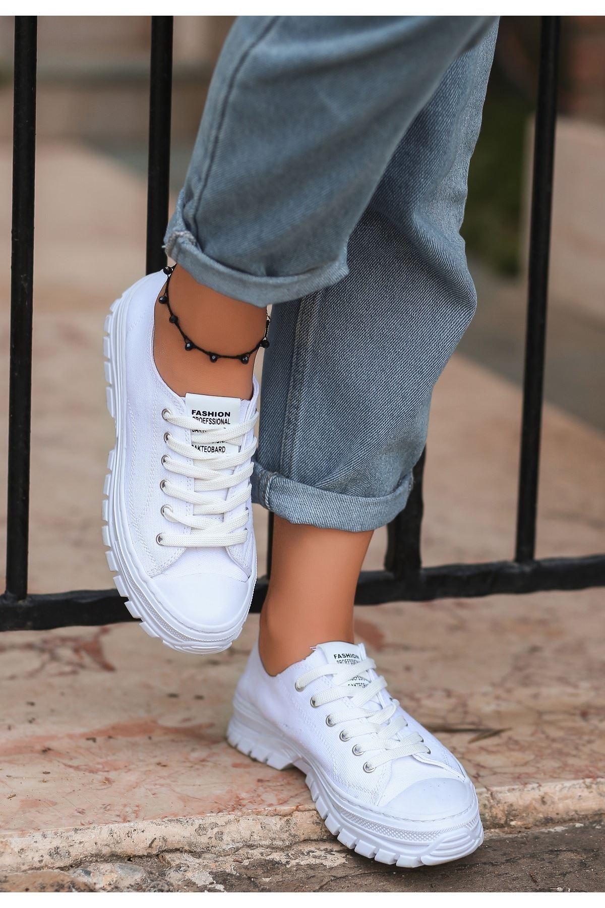 Kami Beyaz Keten Bağcıklı Spor Ayakkabı