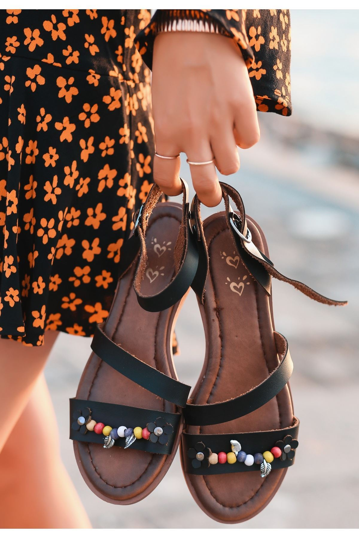 Seherya Siyah Cilt Sandalet