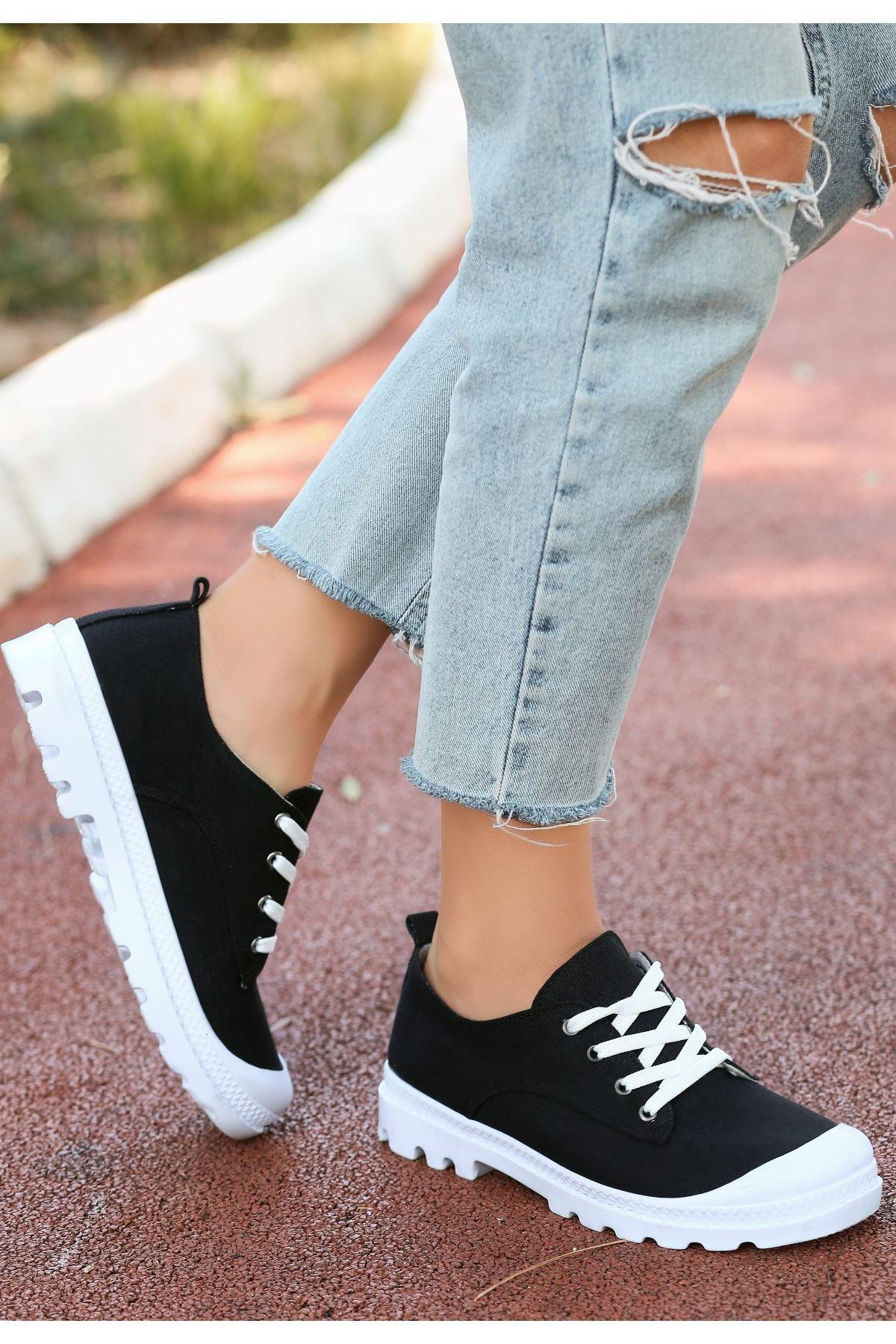 Mash Siyah Keten Bağcıklı Spor Ayakkabı