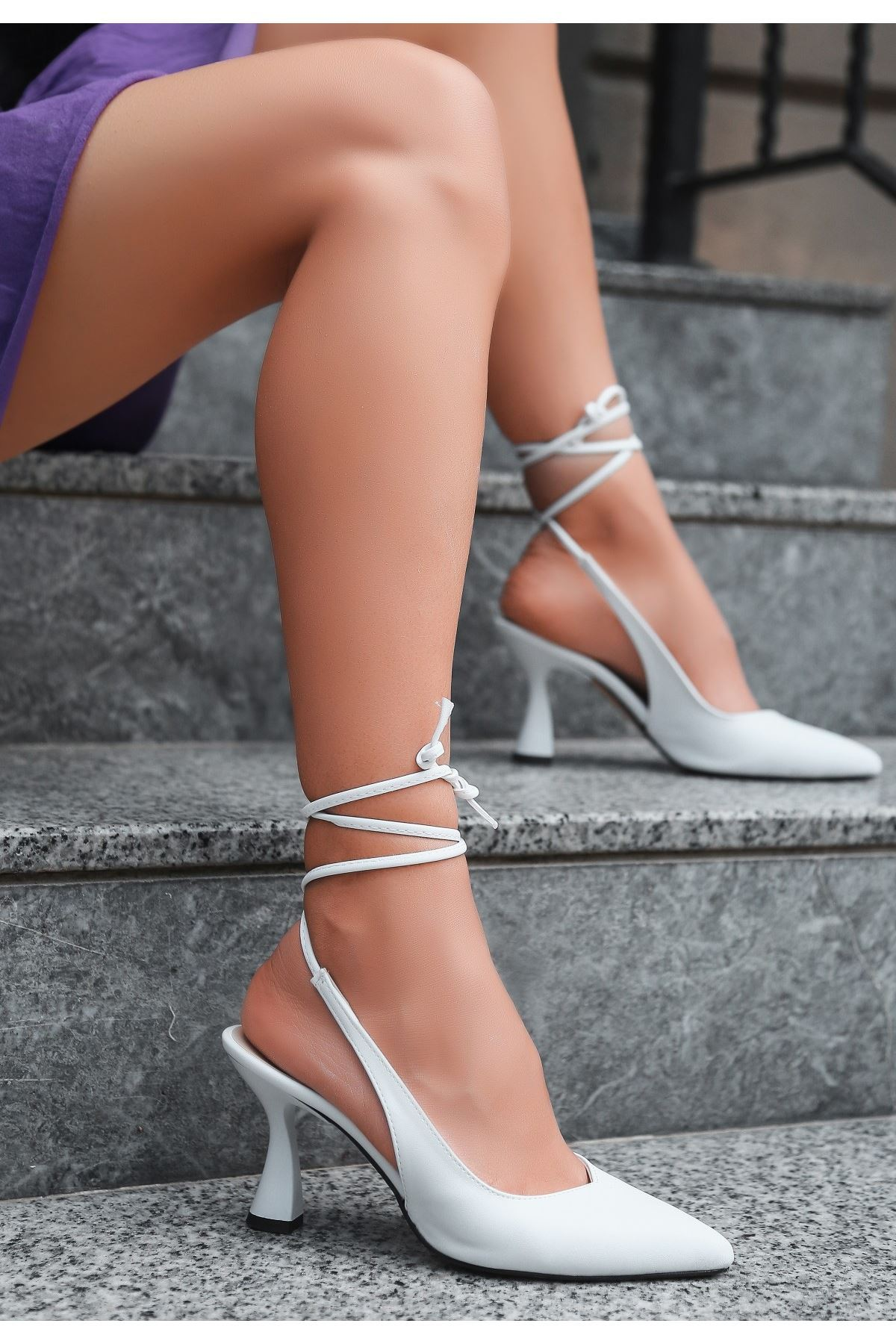 Wonna Beyaz Cilt Topuklu Ayakkabı