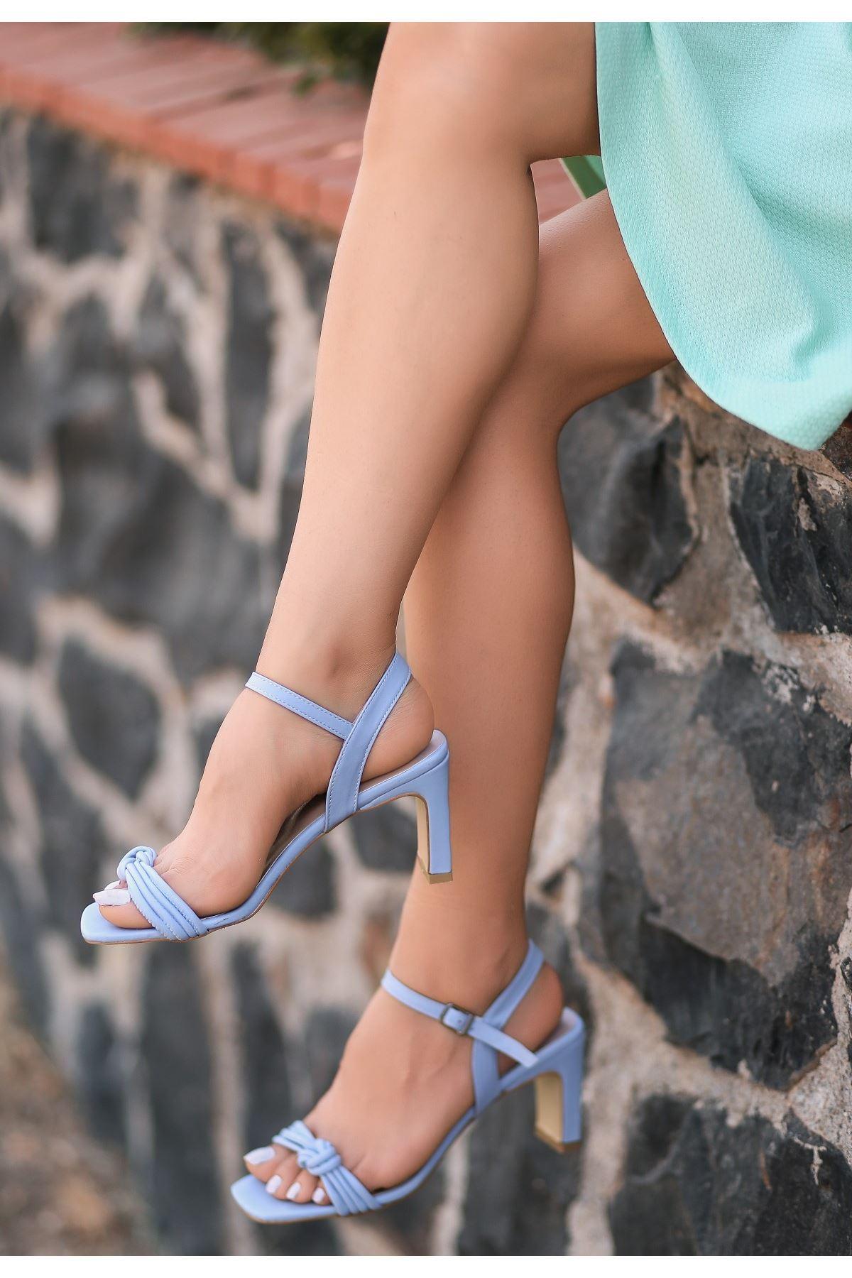 Zioni Bebe Mavisi Cilt Topuklu Ayakkabı
