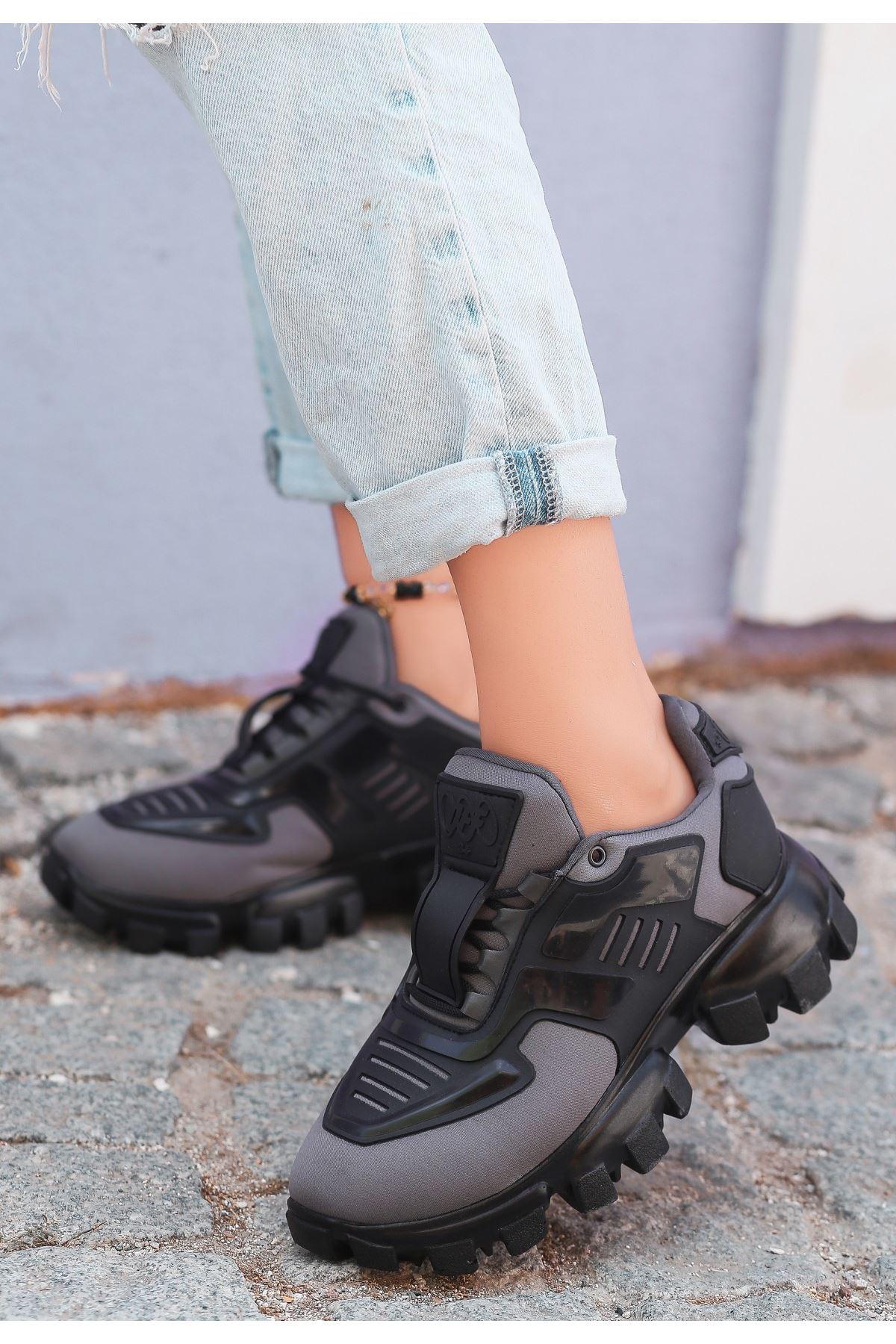 Moris Gri Bağcıklı Spor Ayakkabı