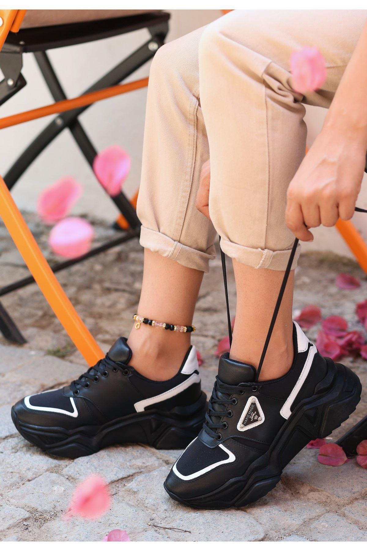 Meya Siyah Cilt Beyaz Detaylı Spor Ayakkabı