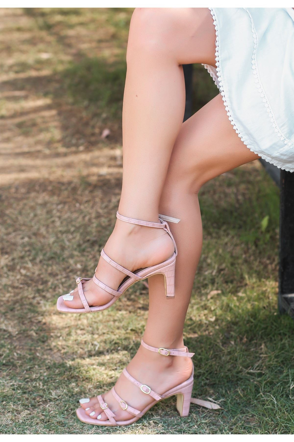 Eleta Pudra Cilt Topuklu Ayakkabı