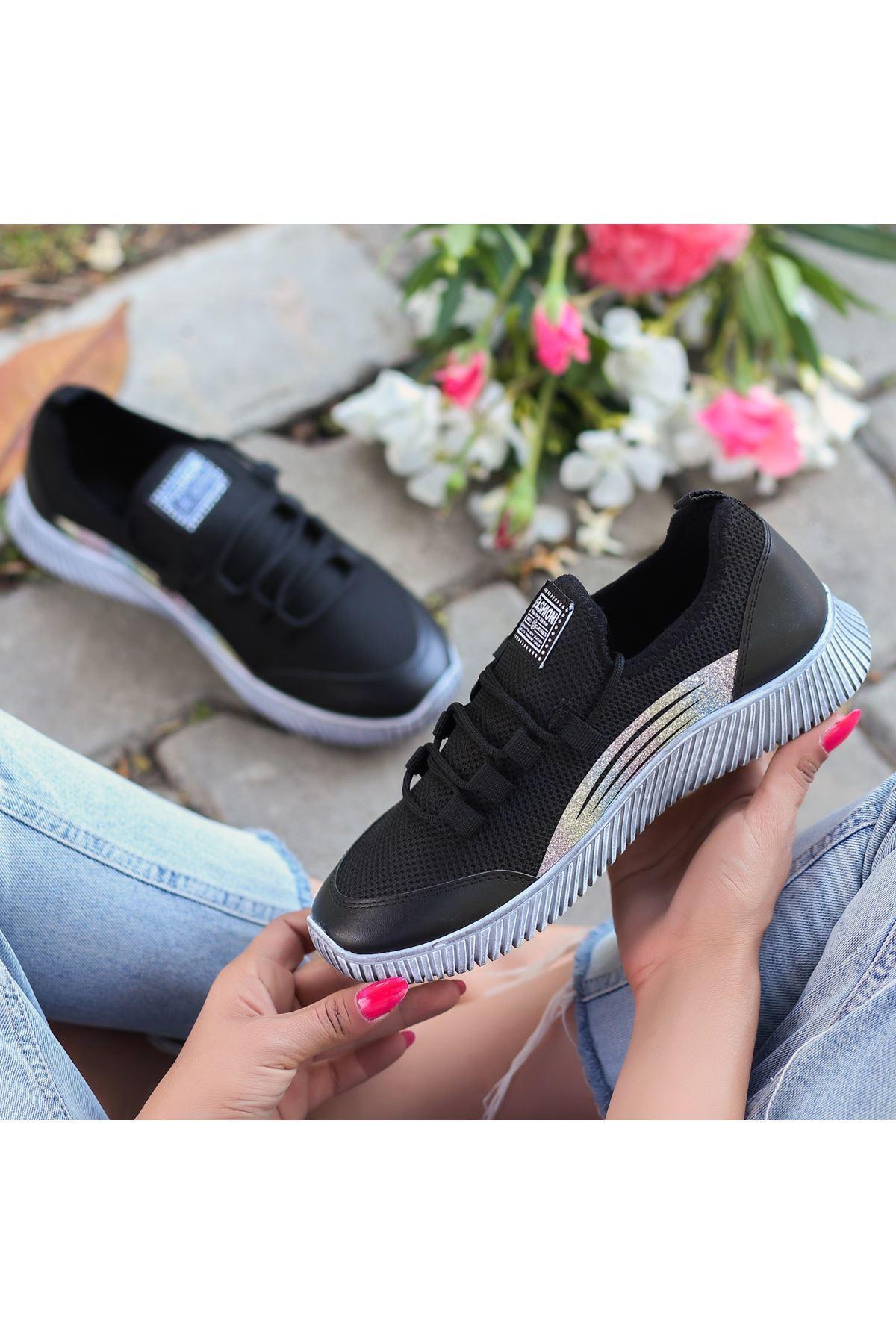 İlwa Siyah Cilt Bağcıklı Spor Ayakkabı
