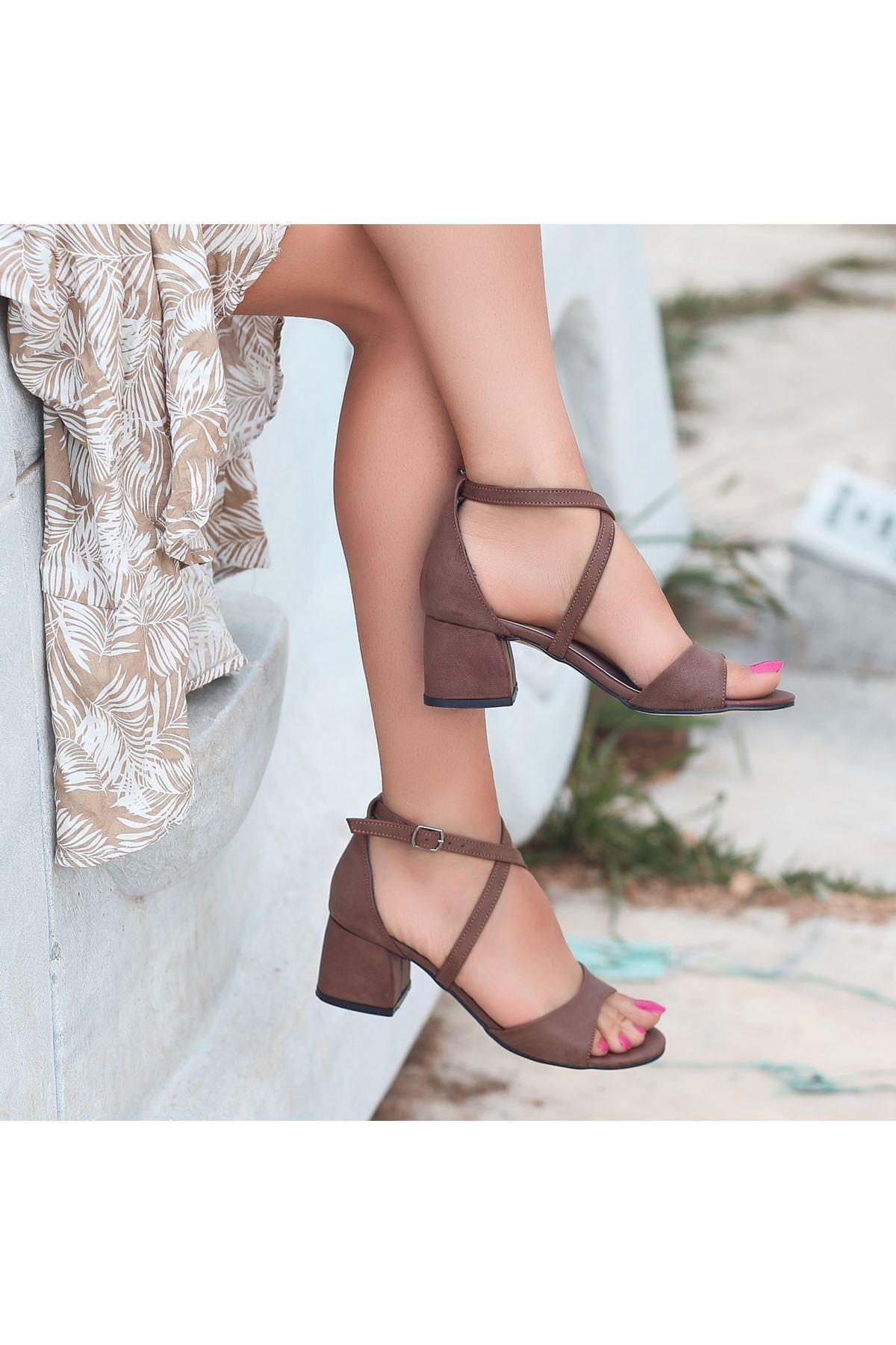 Juor Kahverengi Cilt Topuklu Ayakkabı