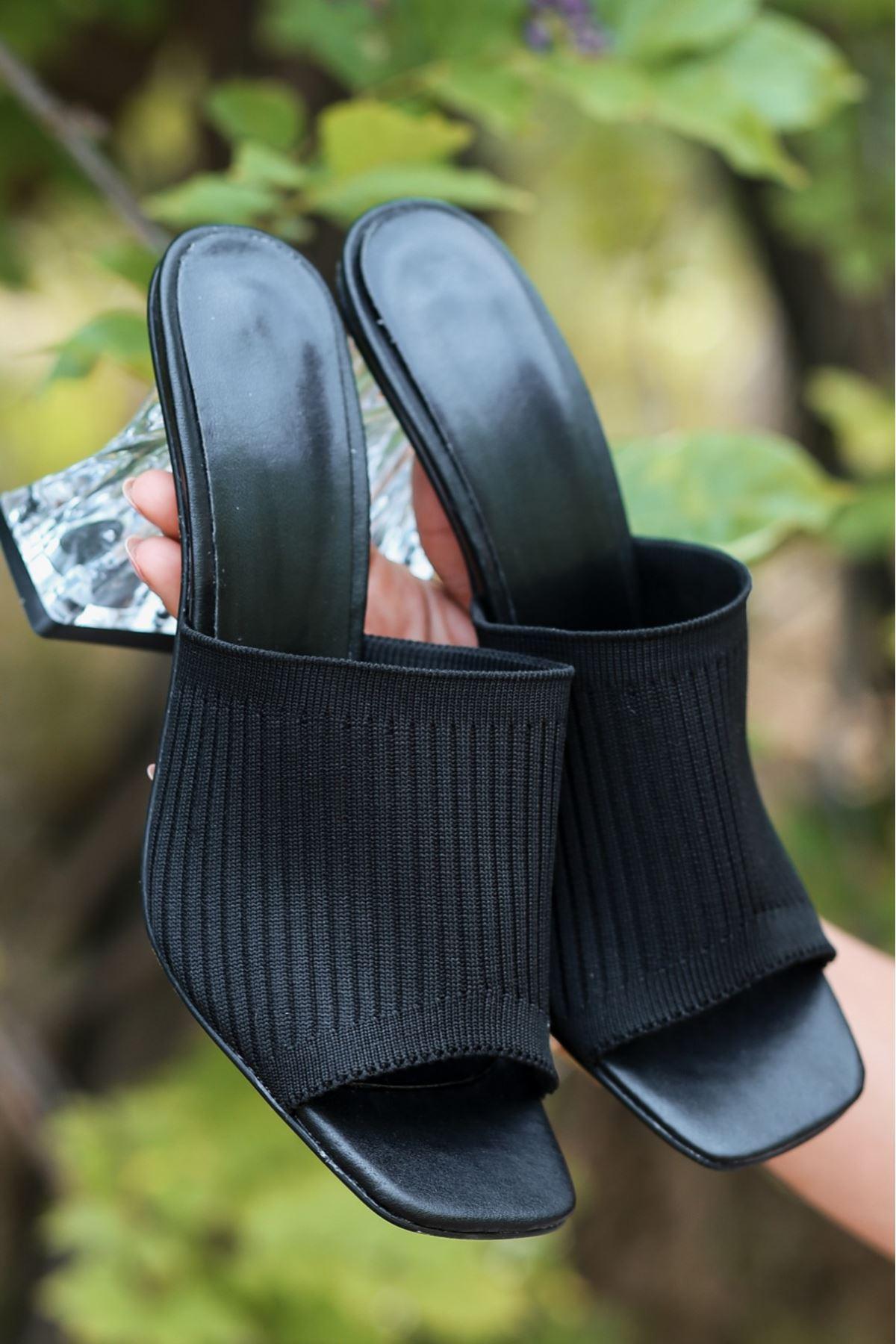 Evra Siyah Triko Topuklu Terlik
