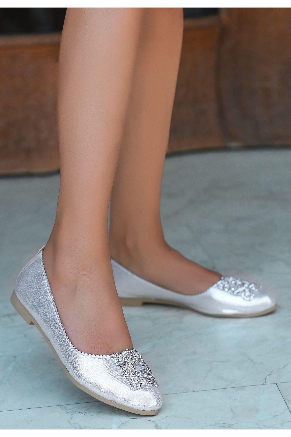 Jian Gümüş Cilt Babet Ayakkabı