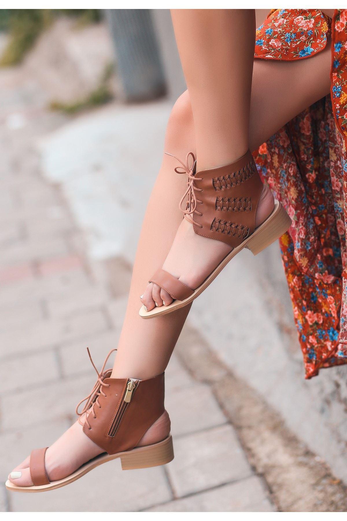 Cunti Taba Cilt Bağcıklı Sandalet