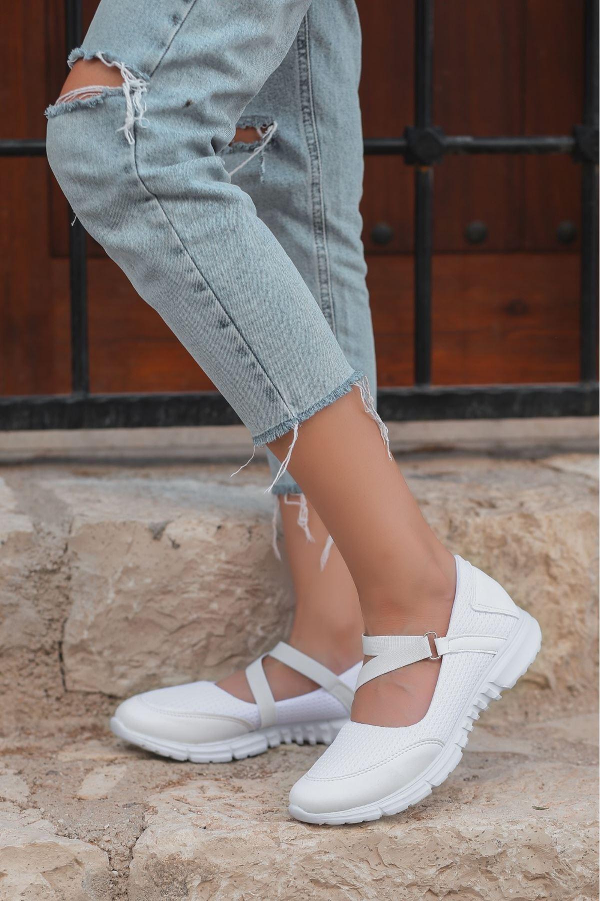 Maty Beyaz Cilt Streç Babet Ayakkabı