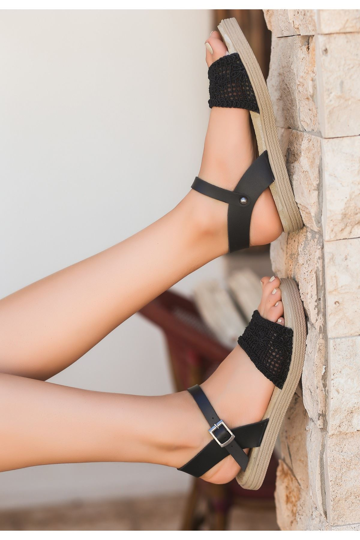 Keha Siyah Örgülü Sandalet