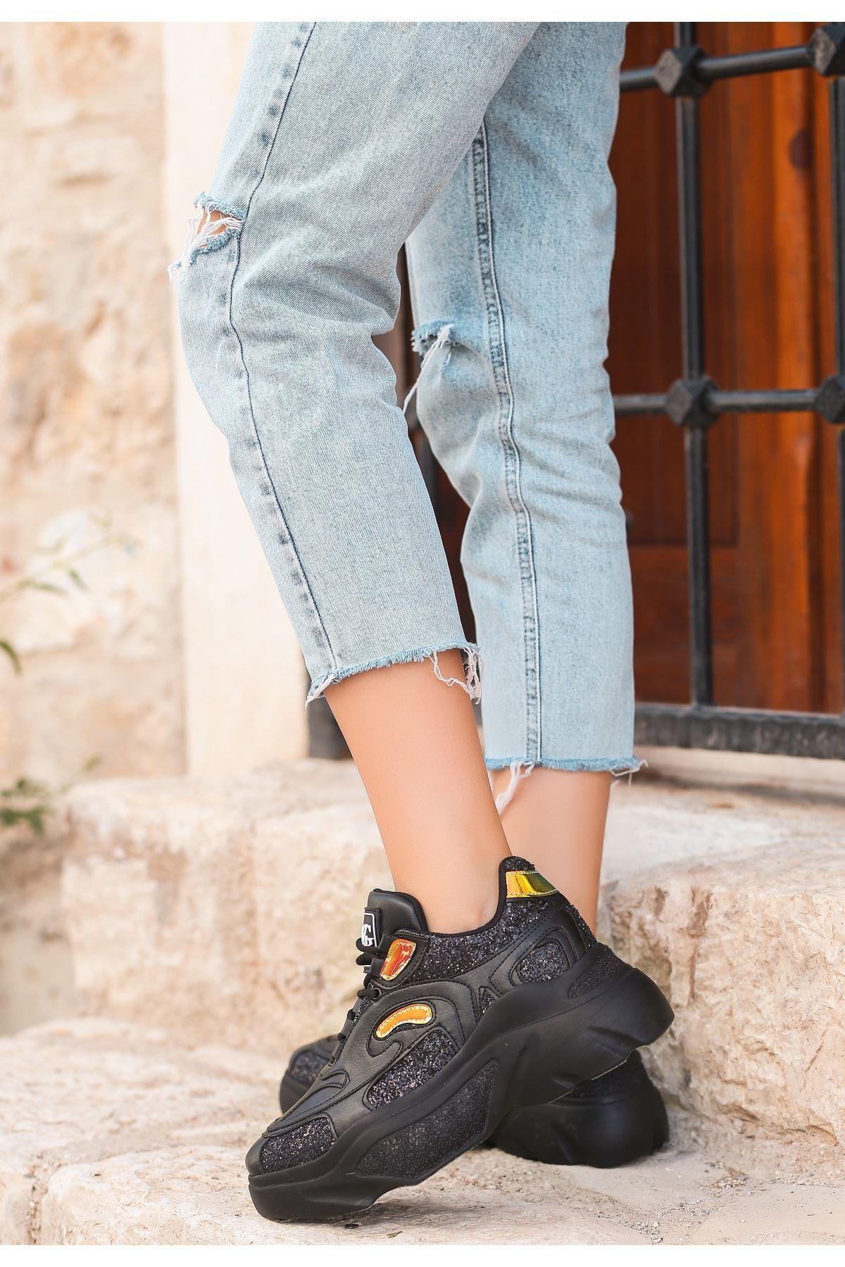 Mliy Siyah Cilt Hologramlı Spor Ayakkabı