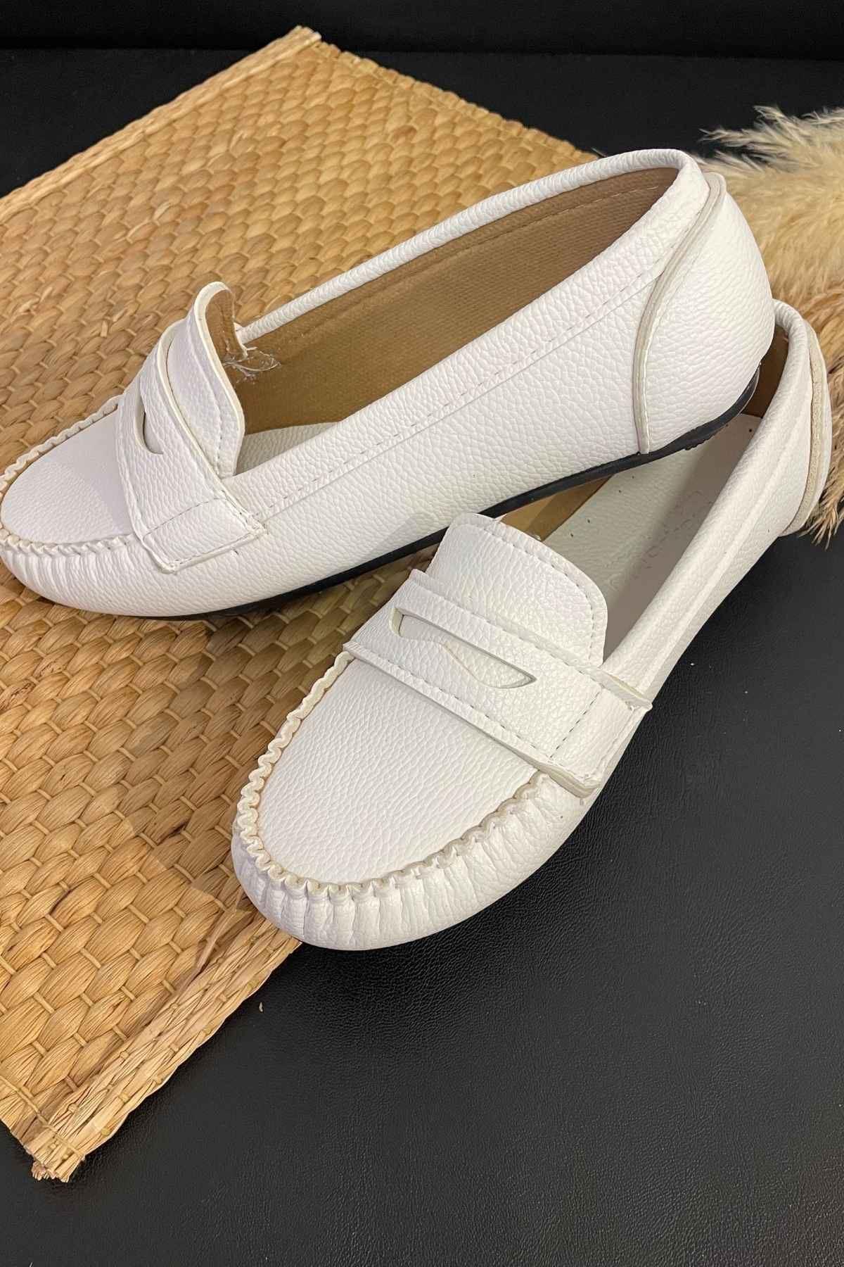 Sohe Beyaz Deri Mokasen Rok Babet Ayakkabı