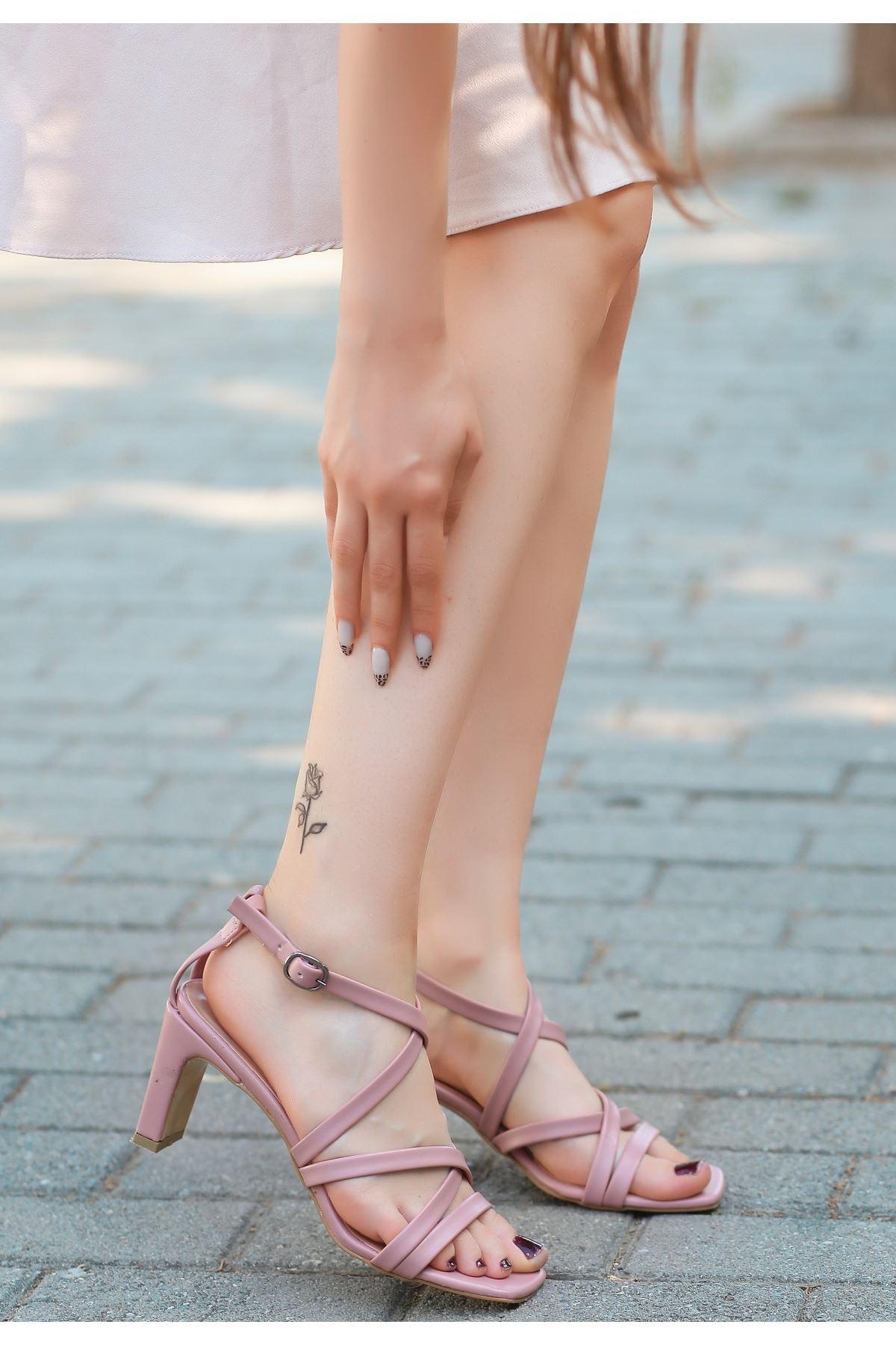 Utic Pudra Cilt Topuklu Ayakkabı