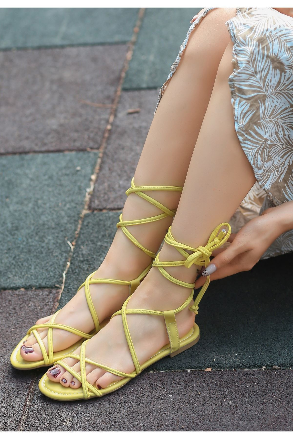 Pius Sarı Cilt Sandalet
