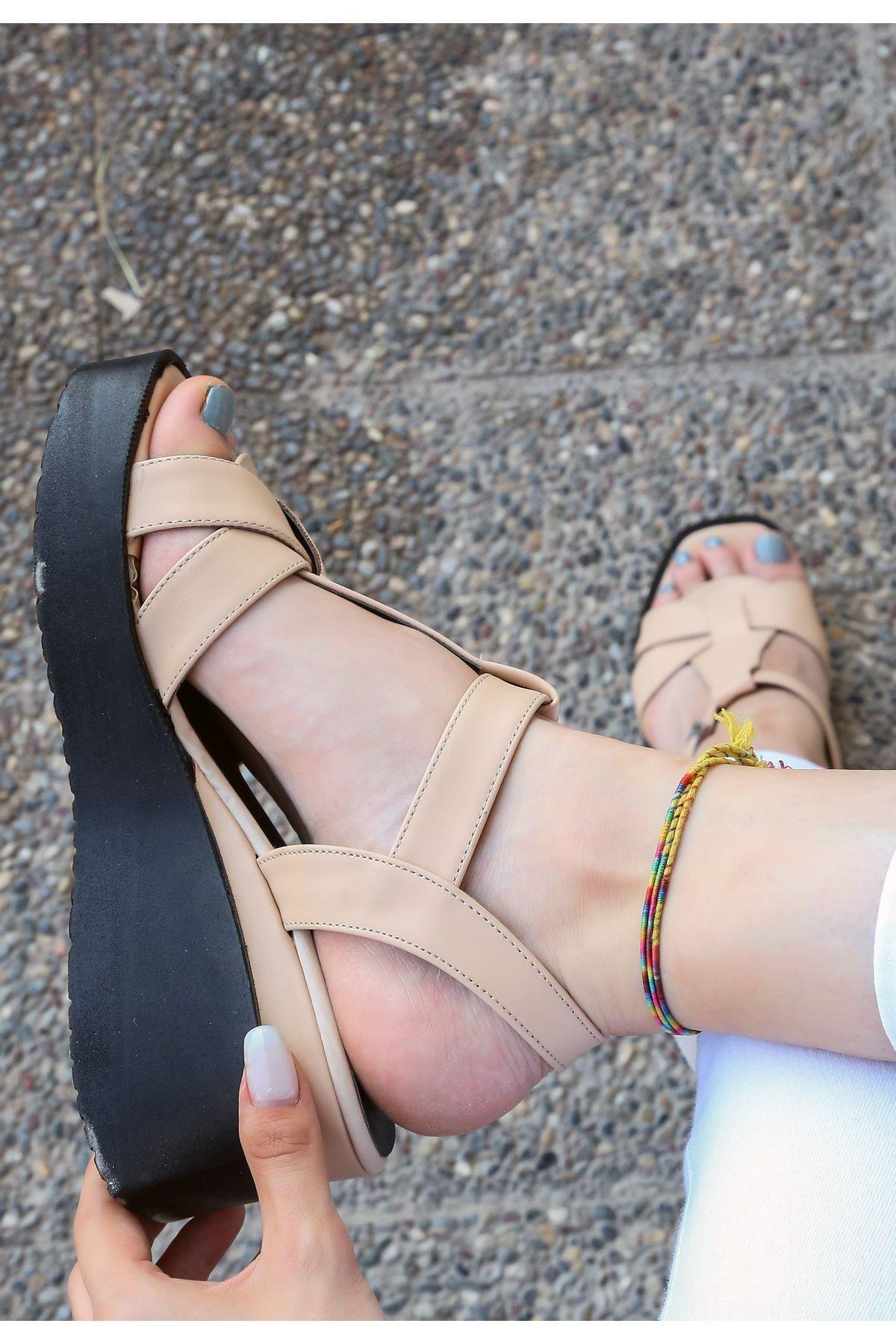 Ader Vizon Cilt Dolgu Topuk Ayakkabı
