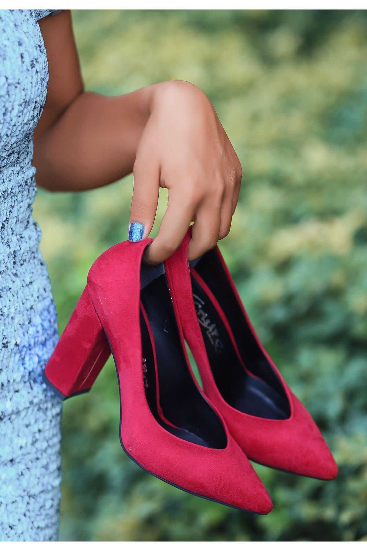 Adrix Kırmızı Süet Topuklu Ayakkabı