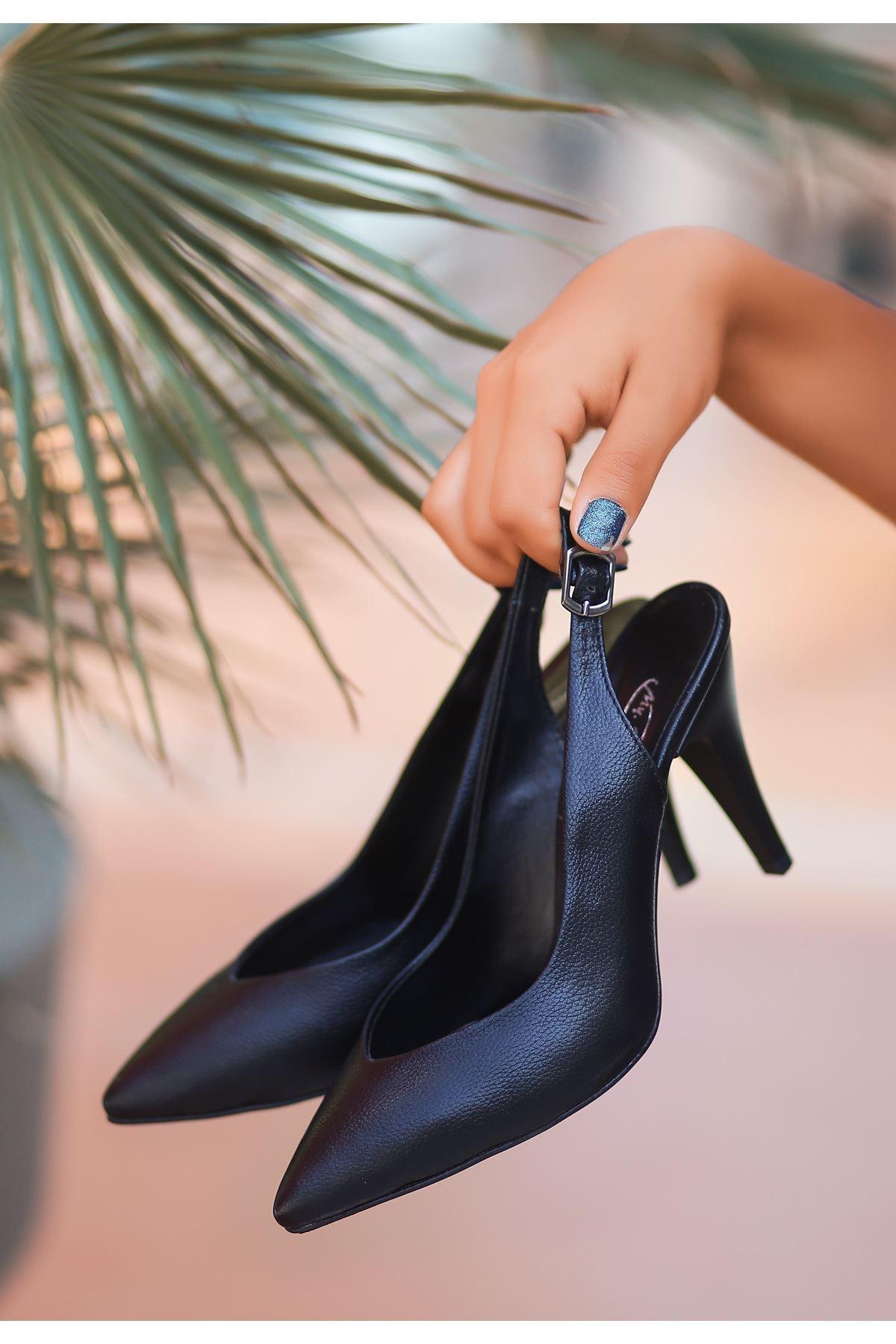 Gomi Siyah Cilt Desenli Topuklu Ayakkabı