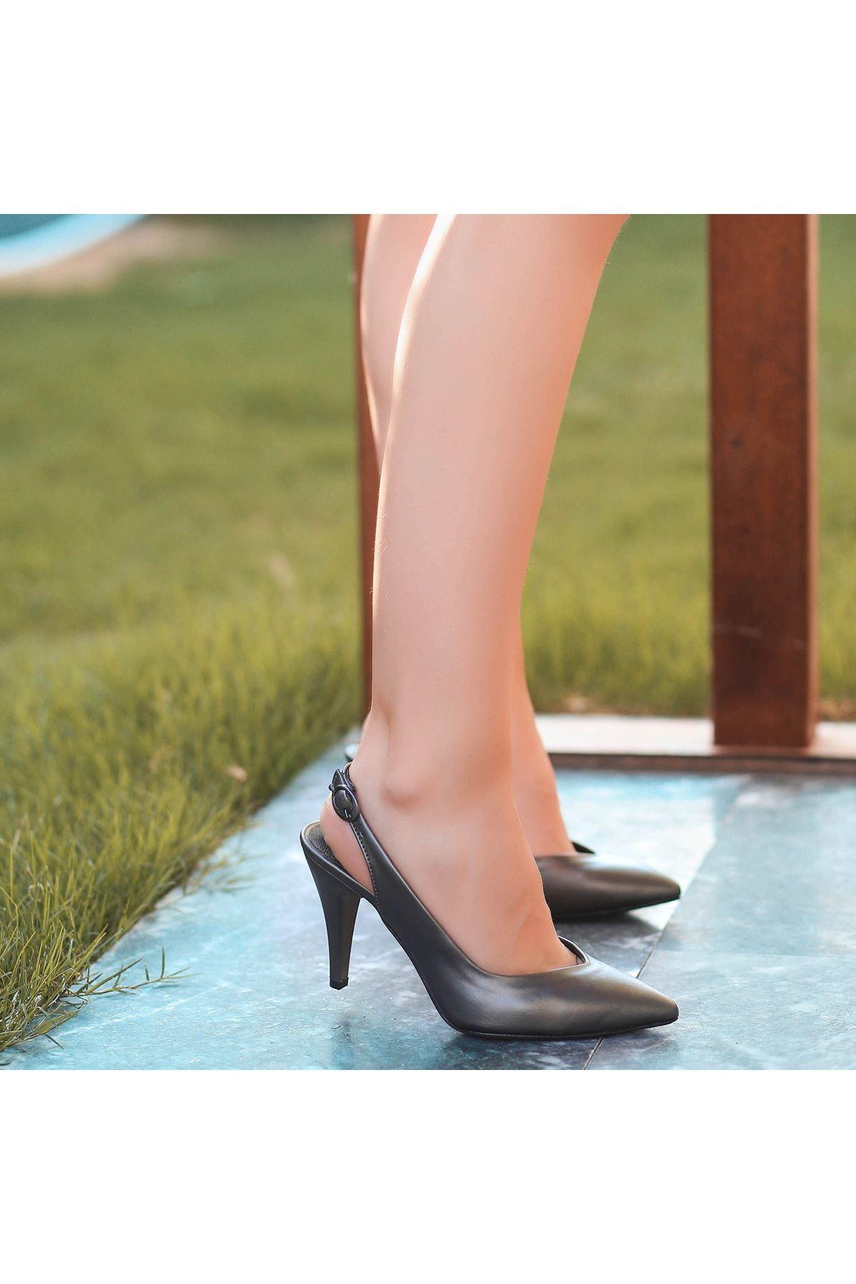 Gomi Gri Cilt Topuklu Ayakkabı