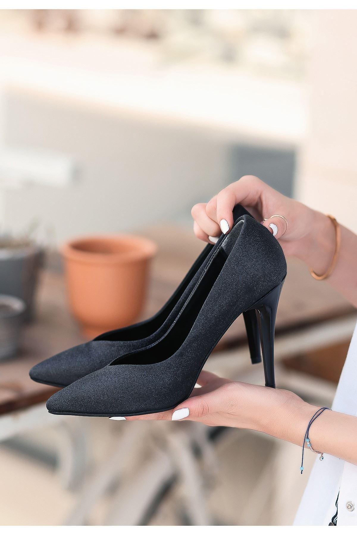 Nocix Siyah Cilt Simli Stiletto Ayakkabı