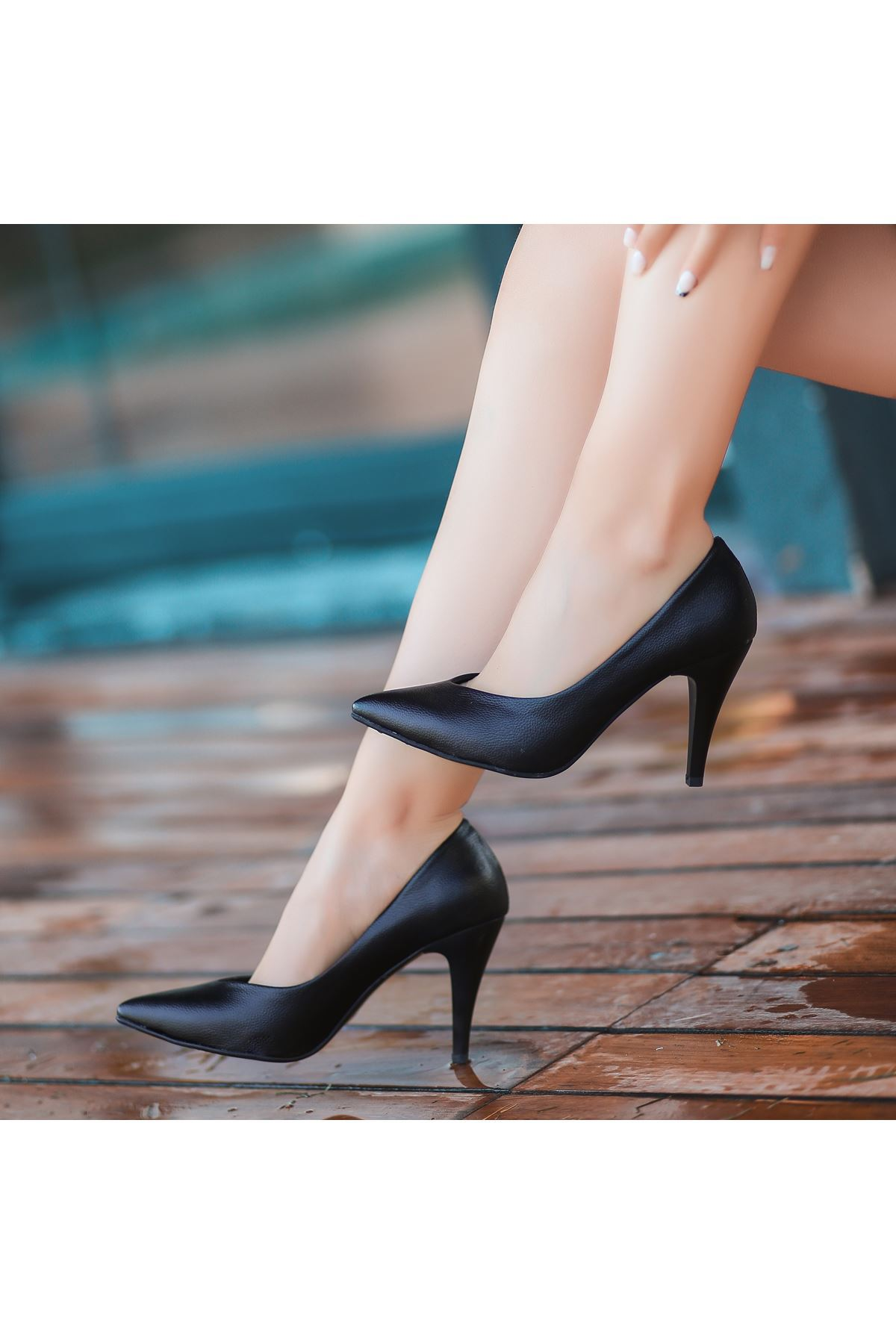 Xina Siyah Cilt  Desenli Topuklu Ayakkabı