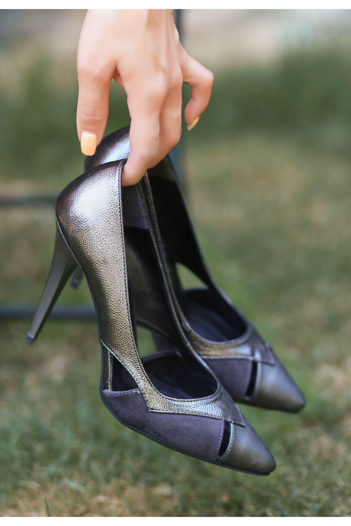 Fami Platin Cilt Topuklu Ayakkabı