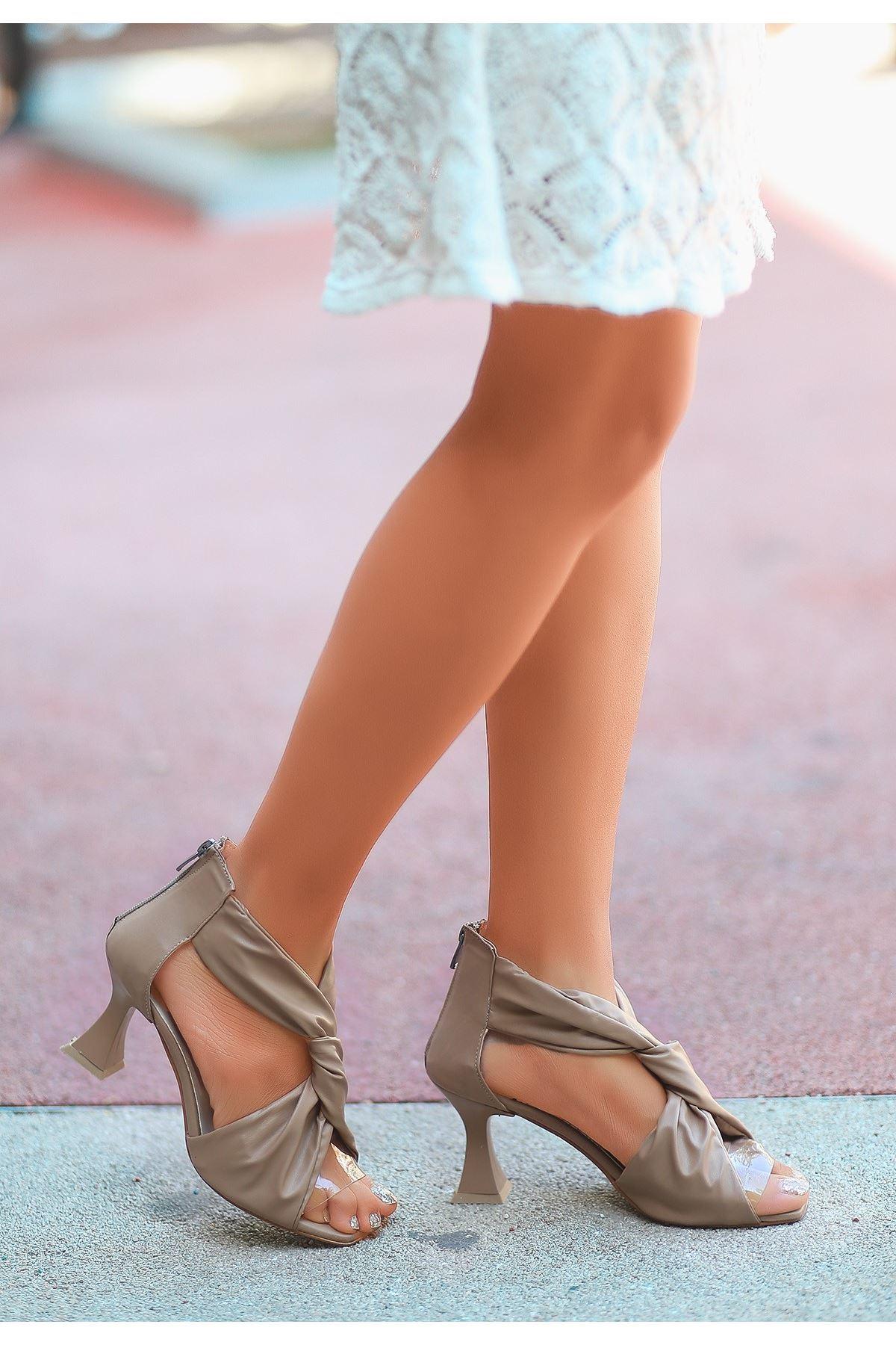 Myem Krem Cilt Topuklu Ayakkabı