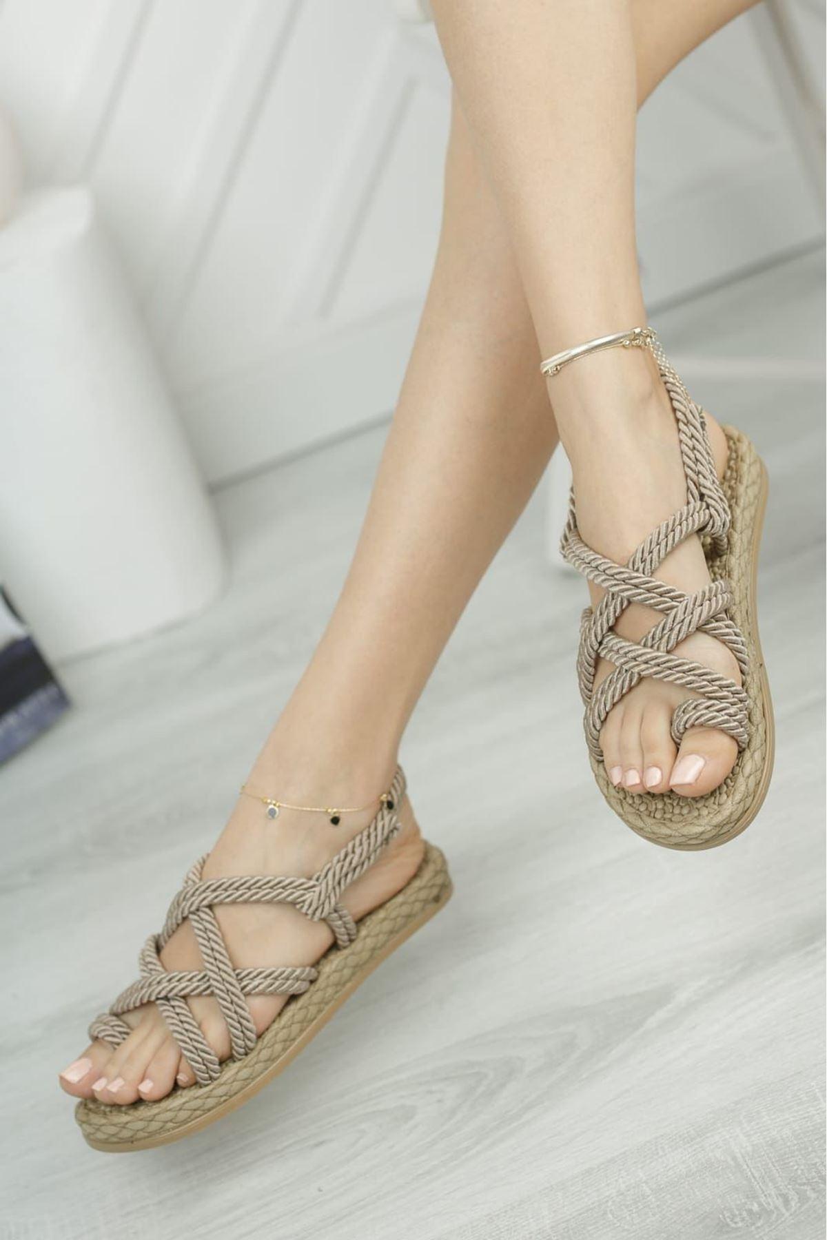 Nala Vızon Halatli Sandalet