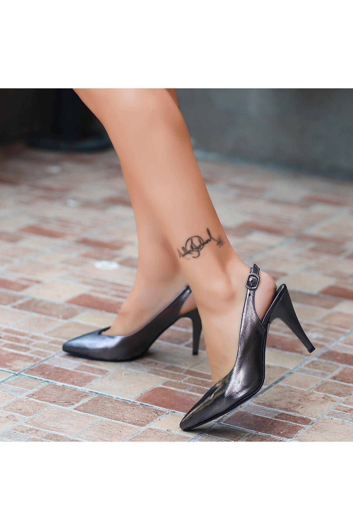 Gomi Platin Cilt Topuklu Ayakkabı