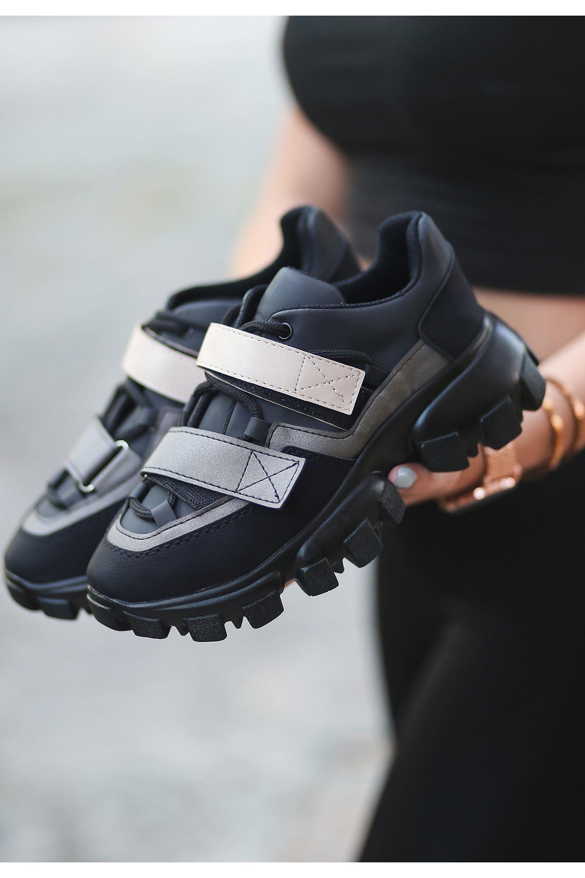 Bend Siyah Nubuk Krem Detaylı Spor Ayakkabı